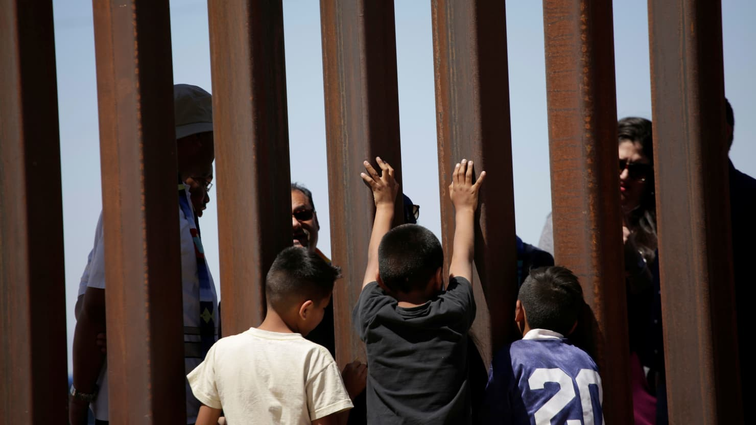 'Inhumane': Advocates Decry the Separation of Families at Border
