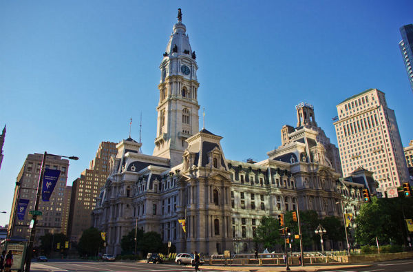 Philadelphia can refuse to contract with foster agencies that discriminate against same-sex couples